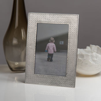 Kiriko Cast Pewter Photo Frame