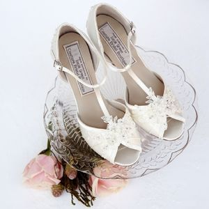 Blousy Vintage T Bar Shoes - bridal shoes