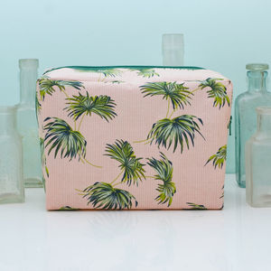 Large Palm Print Washbag And Gift Box