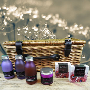 Botanicals Hamper For Your Face - gift sets