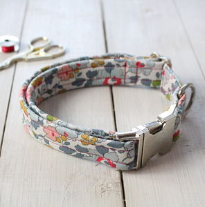 Peggy Liberty Fabric Dog Collar
