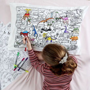 Dinosaur Pillowcase Kit + 10 Pens, Colour And Learn