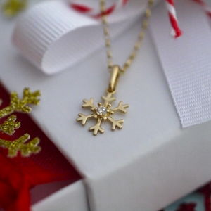 9ct Gold Snowflake Necklace - women's jewellery