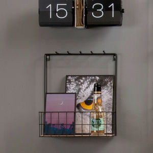 Black Wire Drinks Rack With Hooks
