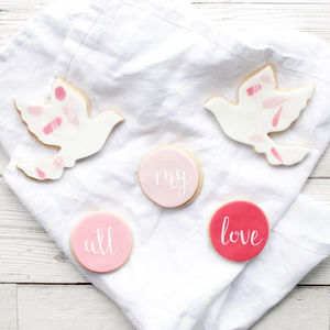 Love Birds Valentines Sugar Biscuits Set - love tokens