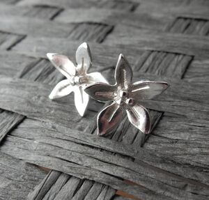 Silver Wildflower Stud Earrings