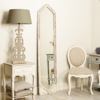 Distressed Traditional Elongated Body Mirror