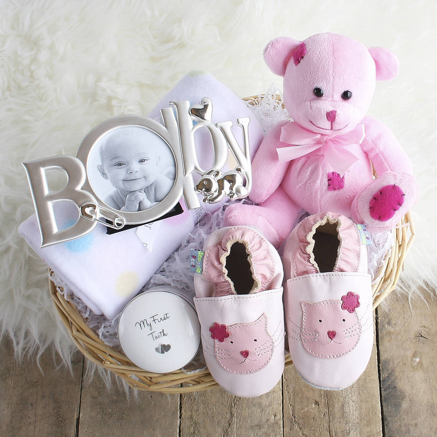 deluxe girl new baby gift basket by snuggle feet ...