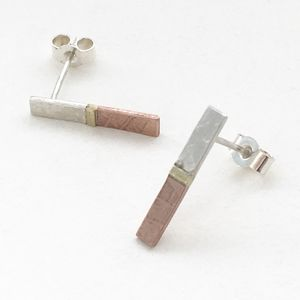 Embossed Three Metal Bar Stud - earrings