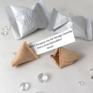 Wedding Trivia Wedding Fortune Cookies - edible favours