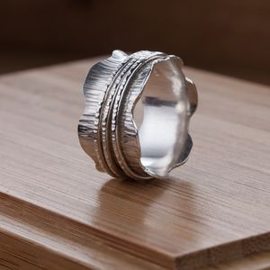 Waved Silver Birch Spinner Ring - rings
