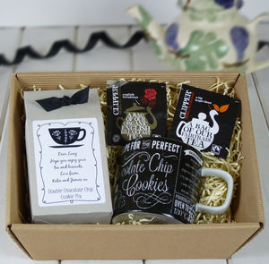Diy Tea And Biscuits Hamper | Mug, Cookie Mix And Tea