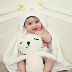 Baby Lioness Hooded Towel - bathtime