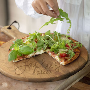 Oak Name Pizza Board - gifts for her