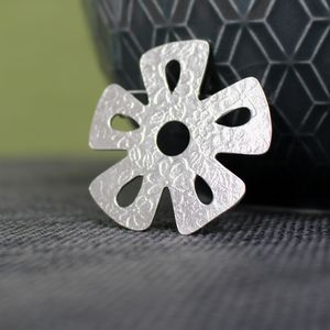 Sterling Silver Watercolour Daisy Brooch