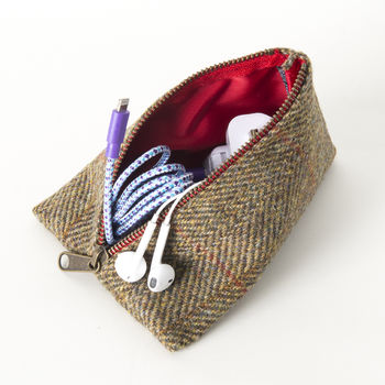 Tech Pouch In Harris Tweeds