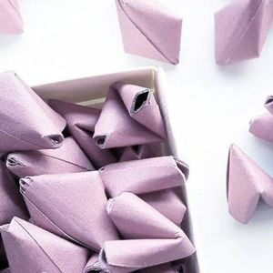 50 Mauve Origami Heart Messages