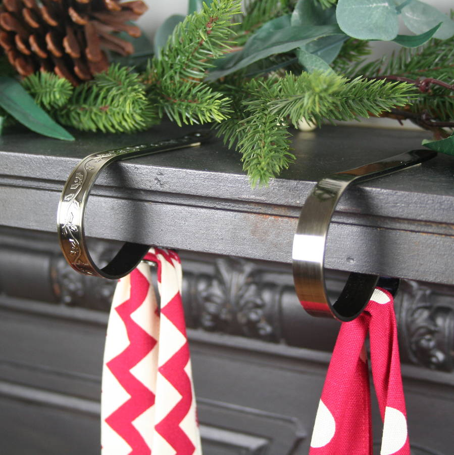 Mantel Clip For Christmas Stockings In Antique Brass