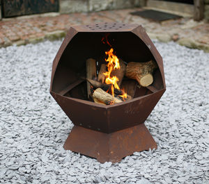 Decahedron Barbecue And Fire Pit