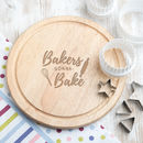 'Bakers Gonna Bake' 25cm Wooden Cake Stand / Plate