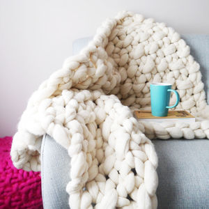Super Chunky Knit Moss Stitch Lap Blanket - keeping cosy