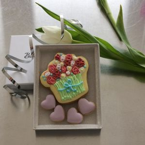 Mothers Day Bouquet Cookie Card - gifts from younger children