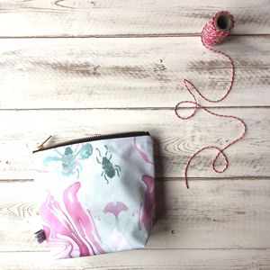 Marbled Bee Print Waterproof Makeup Bag