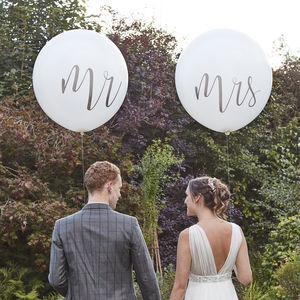 Giant Mr And Mrs Balloons 36' - natural artisan styling