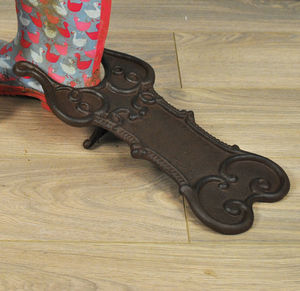Cast Iron Boot Pull