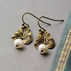 Textured Leaf Pearl Earrings