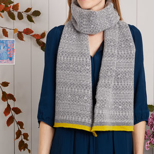 Knitted Fair Isle Stripe Trim Scarf