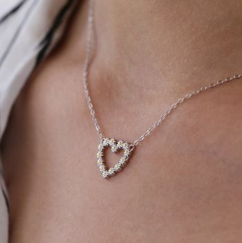 Sterling Silver Daisy Chain Heart Necklace