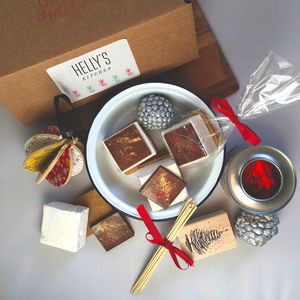 Mince Pie S'mores Gift Set - what's new