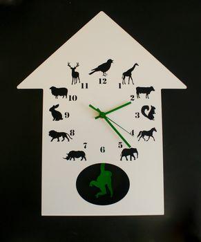 Animalask Clock in Green