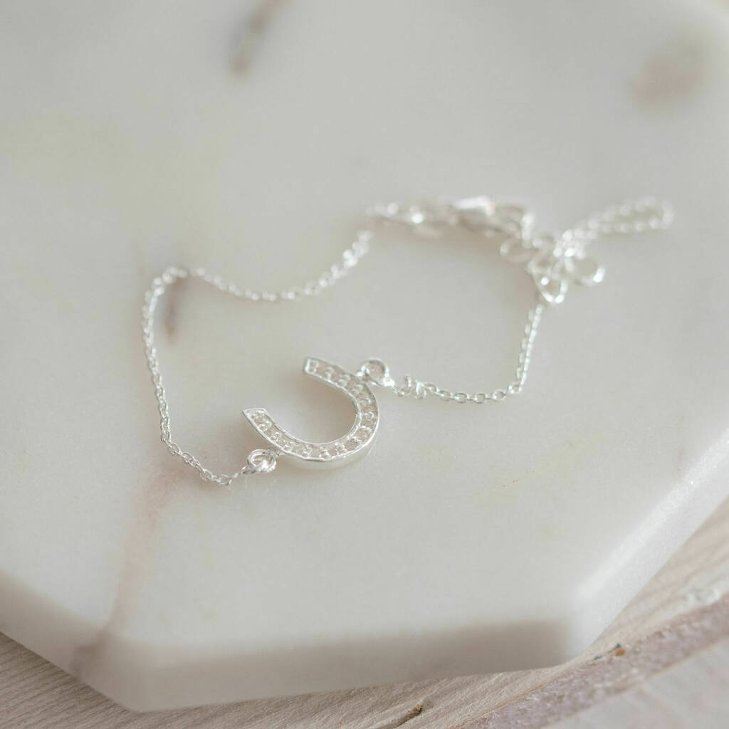 BRIDESMAID/'S BRACELET FRESH WATER PEARL AND HORSESHOE to THANK YOUR BRIDESMAID