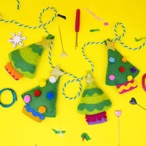 Festive Forest Felt Garland Craft Kit
