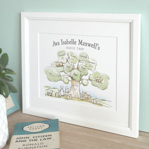 Childrens Illustrated Family Tree - new in baby & child