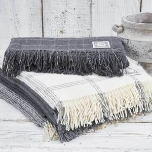Cashmere And Alpaca Throw Collection Grey And Off White - bedroom