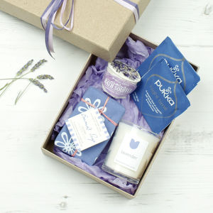 Lavender Natural Gift Set - bathroom