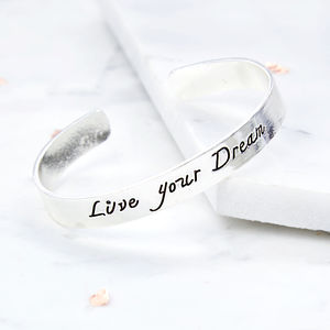 'Live Your Dream' Bangle