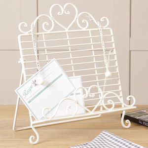 Country Heart Cream Cookbook Stand - winter sale
