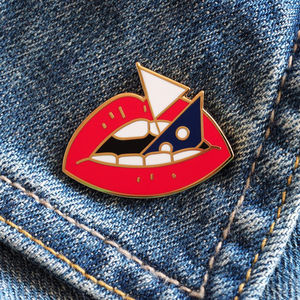 Loose Lips Sink Ships Enamel Pin Badge - new in jewellery