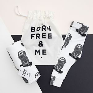 Skating Sloth Baby Gift Set - more