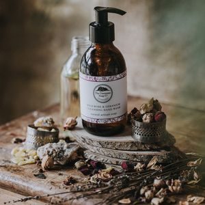 Wild Rose And Geranium Soothing Hand Wash - hand care