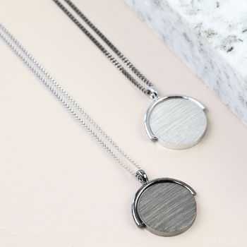 Men's Gunmetal Silver Spinning Ring Necklace