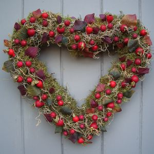 Luxury Moss And Rosehip Heart