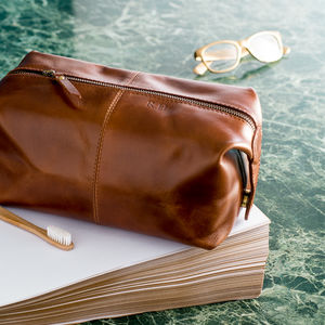 Leather Wash Bag - gifts £25 - £50