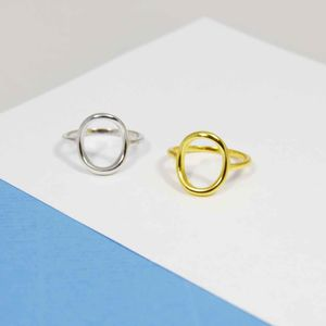 Hollow Oval Minimalist Ring - contemporary jewellery