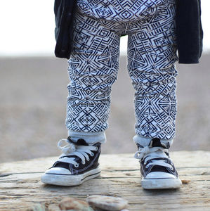 Unisex Aztec Leggings - clothing