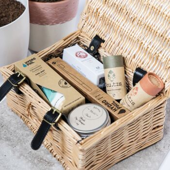 Premium Organic Toiletries Gift Set For Him